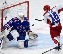 СКА и ЦСКА забросили шайбу лишь на 112-й минуте